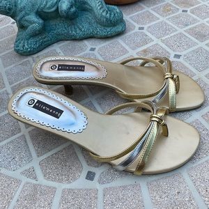 Ellemenno Sandals